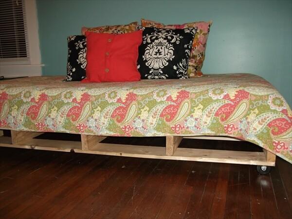 diy-pallet-bed (9)