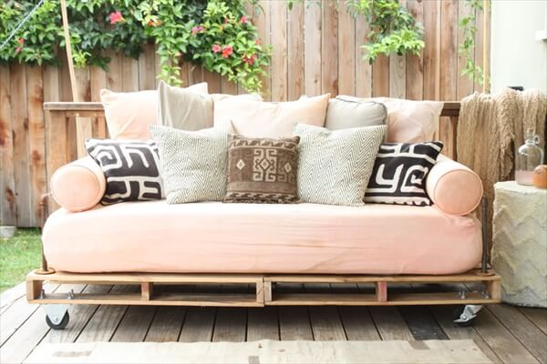 pallet-couch (8)