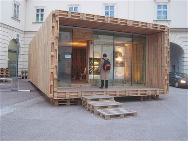 pallet-house (4)