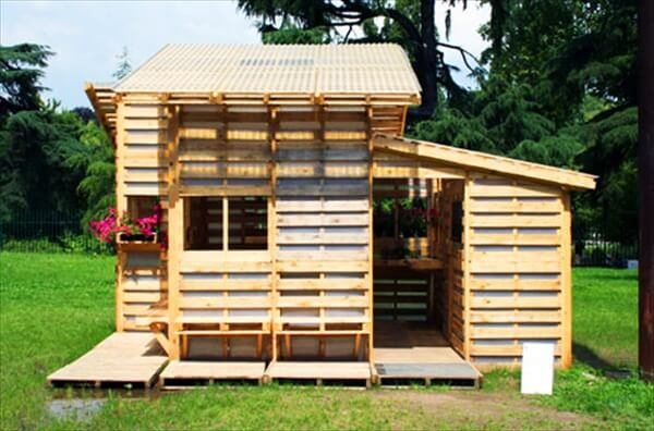 Pallet House Plans Shelter for Homeless 101 Pallets