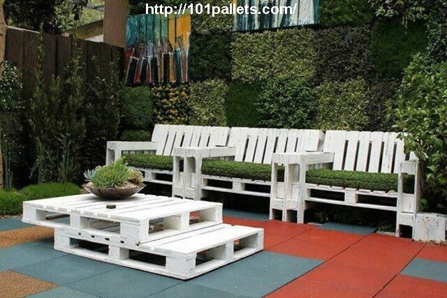 Great Recycled Pallet Work for Garden