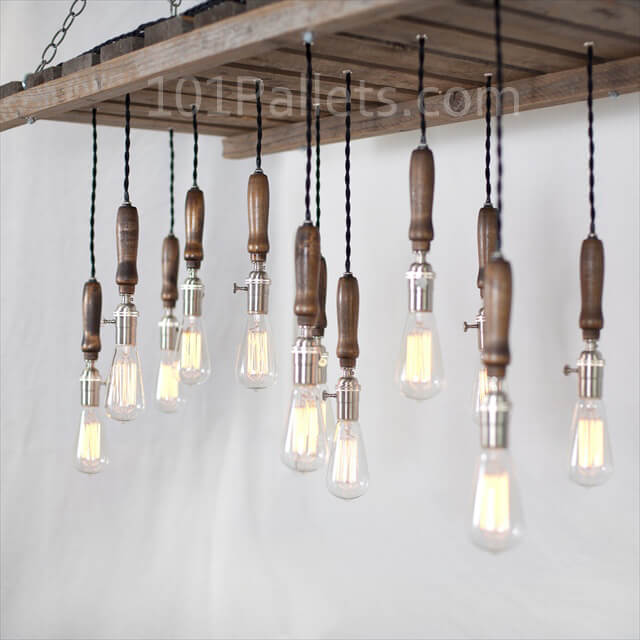 How to make a pallet chandelier 101 pallets - Build a chandelier ...