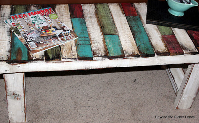 Colorful Patchwork Pallet Bench Looks Attractive