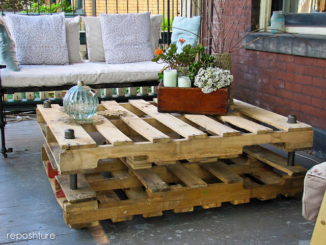 Industrial-Look Pallet Coffee Table