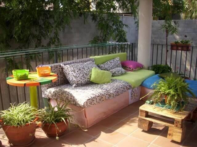 Pallet terrace Sofa Plans