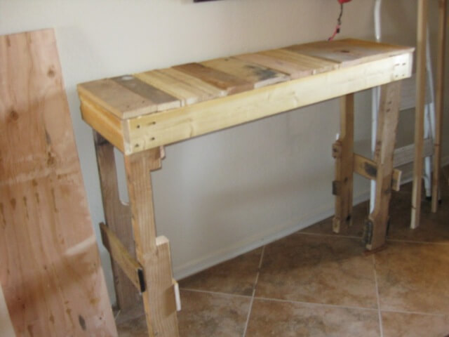 Wooden Hall Tables diy pallet hall table project | 101 pallets