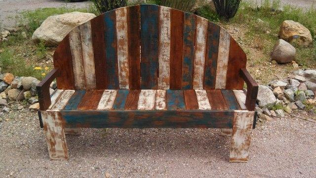 Rustic Pallet Bench