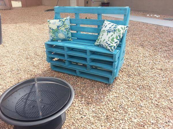diy bench out of pallet