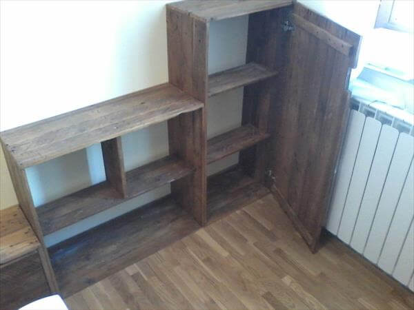 attached shelves out of pallets