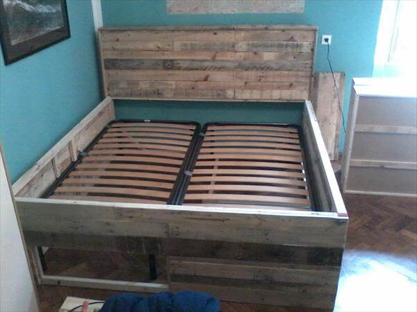 pallet bed with pallet wood frame