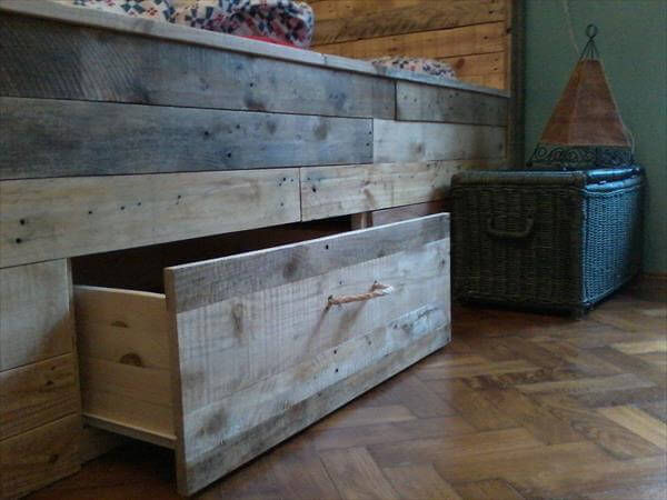 Pallet Bed With Storage Pallet Bed Tutorial