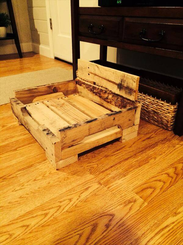 DIY Pallet Dog Bed 101 Pallets