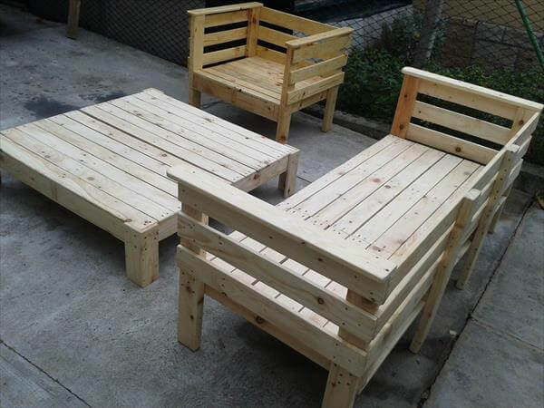 pallet-furniture-2.jpg
