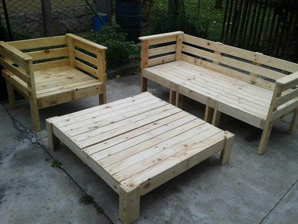 pallet-furniture-3.jpg