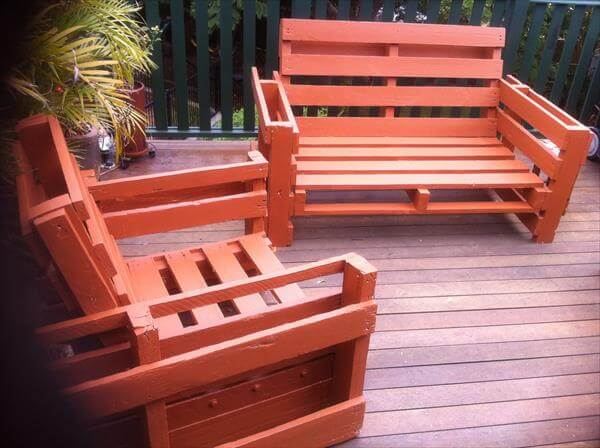 Make your outdoor or terrace furniture from pallet wood easily with ...