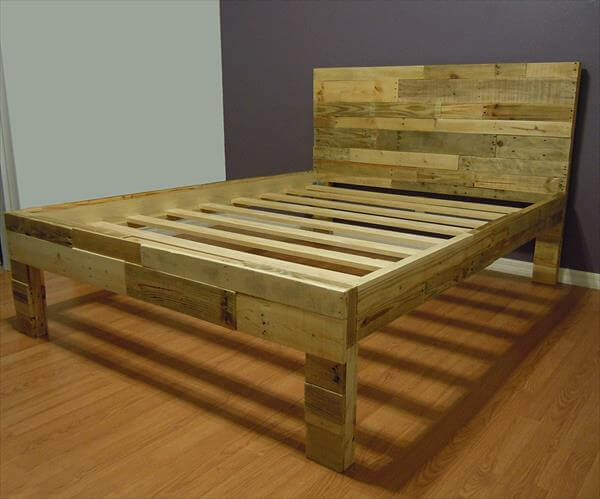 bed made from pallets