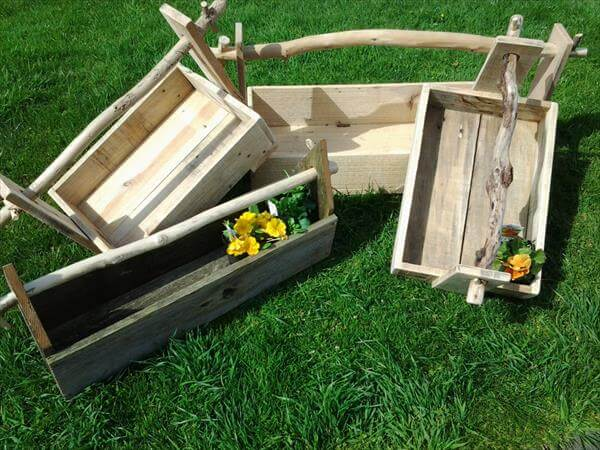 how to make a planter box out of pallets