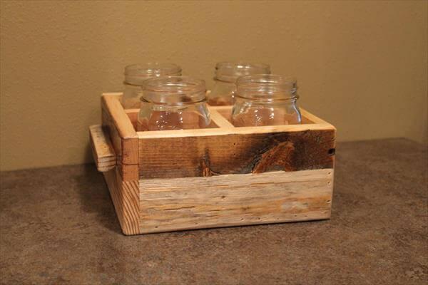 Diy pallet mason jars utensils holder 101 pallets for Mason jar holder ideas