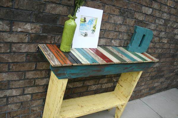 recycled pallet chic table