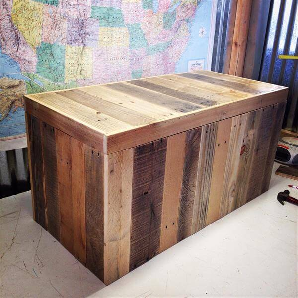 vintage pallet wood trunk chest diy vintage light green pallet chest ...