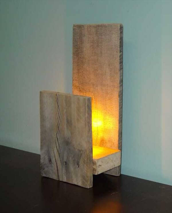 recycled pallet lamp