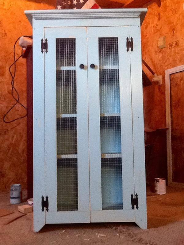 Primitive storage cabinets cabinets matttroy for Cabinets 101