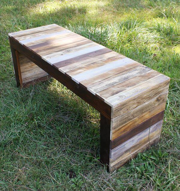 Recycled pallet wood table or bench 101 pallets for Banquette en palette de bois