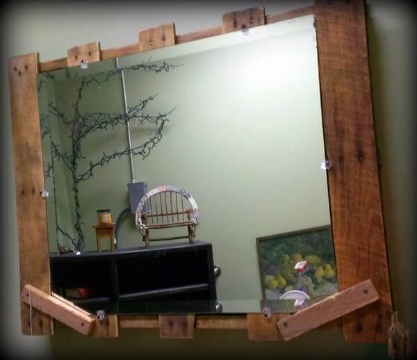 Rustic Pallet Mirror