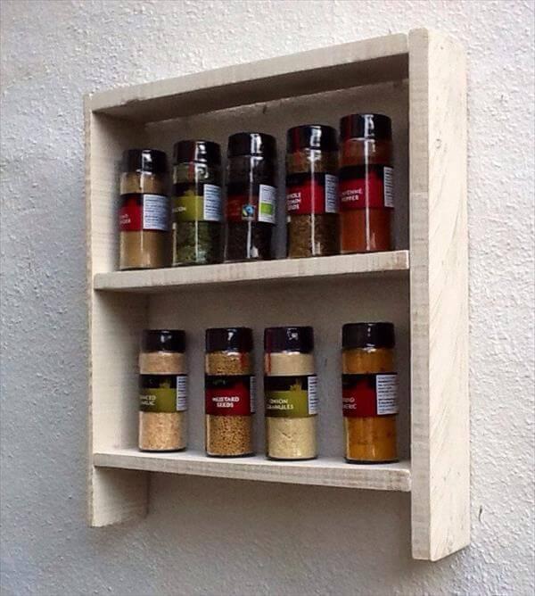 Diy Kitchen Spice Rack: DIY Recycled Pallet Kitchen Spice Rack