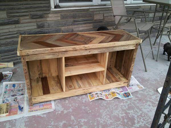 DIY Pallet Media Console And TV Stand 101 Pallets