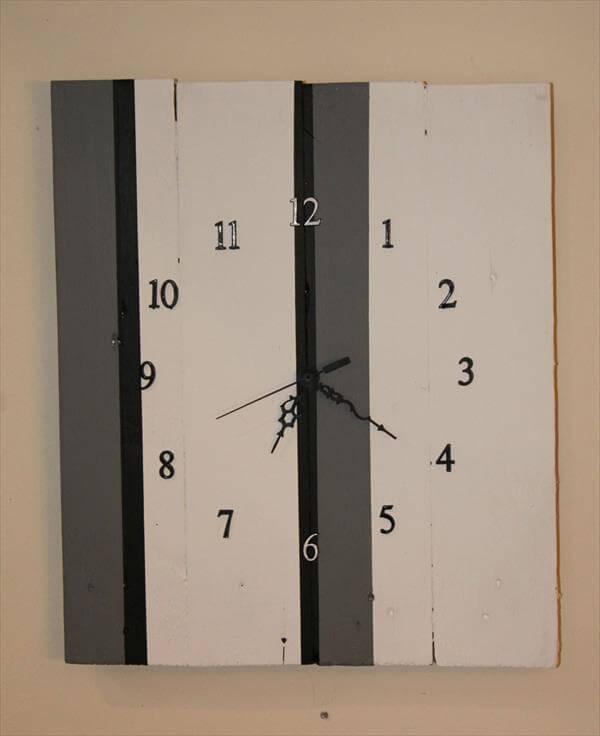 handmade pallet wall clock