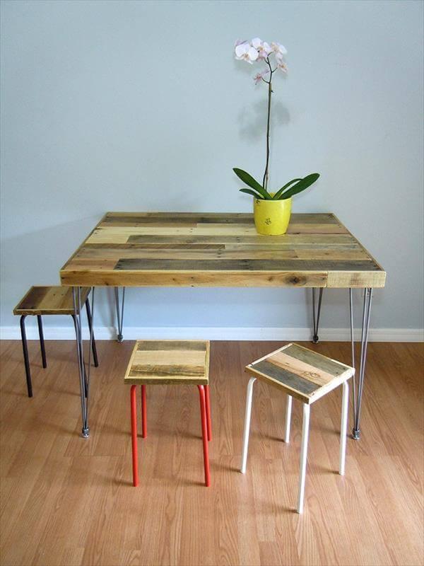 DIY MultiToned Pallet Dining Table 101 Pallets