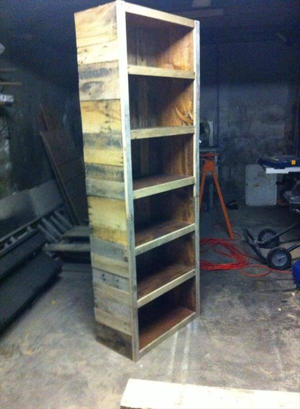 repurposed pallet oversize bookshelf