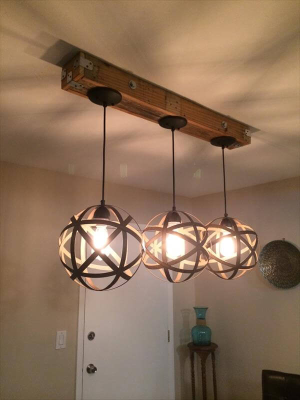 Diy Pallet And Mason Jar Light Fixture 101 Pallets