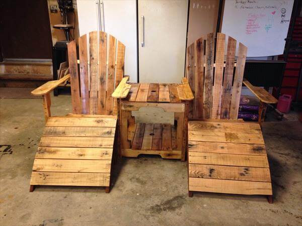recycled pallet adirondack chairs