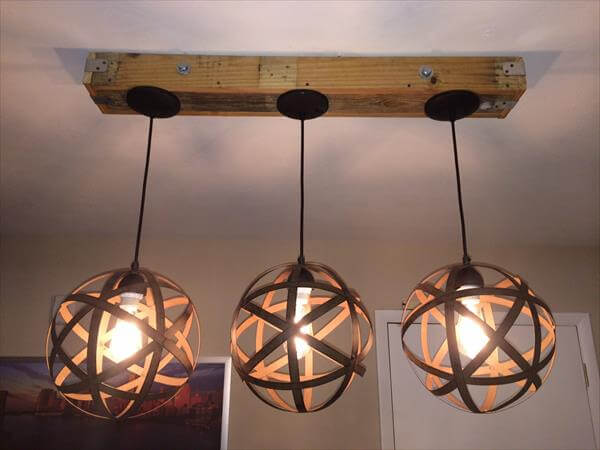 DIY Pallet and Mason Jar Light Fixture : 101 Pallets