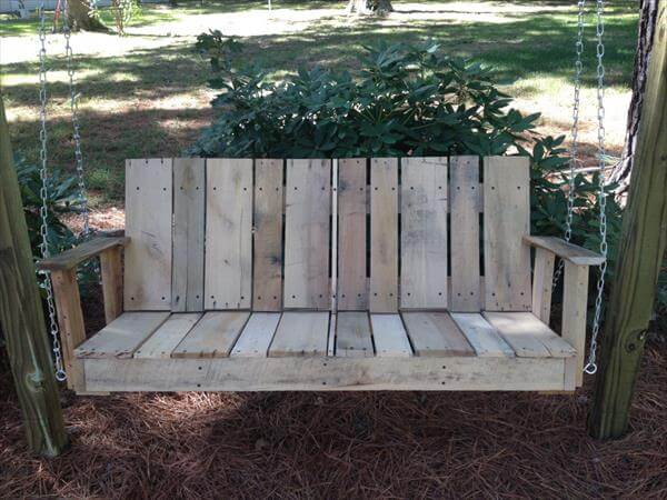 recycled pallet outdoor swing