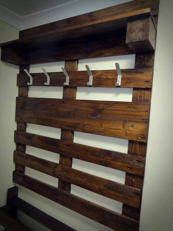 rack de pallet : pallet coat rack and shoe rack diy aged pallet shoe rack diy pallet ...