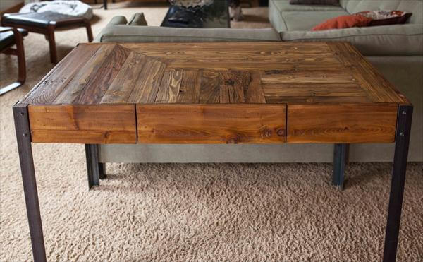 Pallet Desk With Metal Legs Sofa Table 101 Pallets