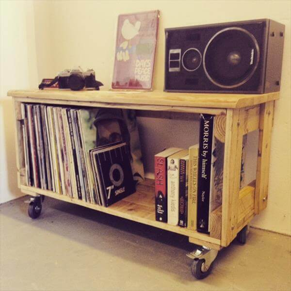 recycled pallet media cabinet with wheels