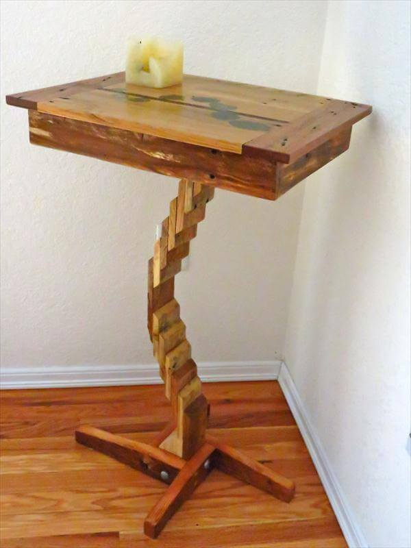 Small wood coffee table small metal and wood coffee table - Diy Creative Wooden Pallet Flow Table 101 Pallets