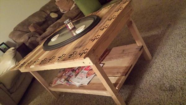 recycled pallet coffee table with decorative stenciling