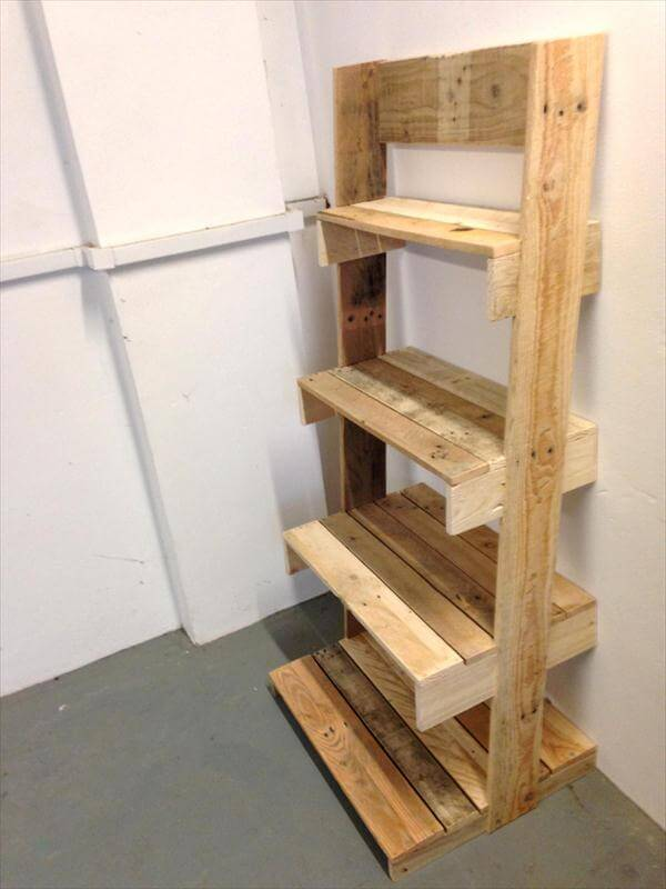 DIY Pallet Ladder Shelves Unit | 101 Pallets