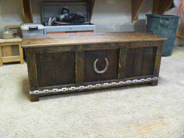 vintage inspired pallet chest and mudroom bench