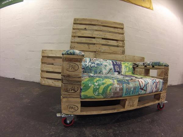 upcycled pallet rolling sofa