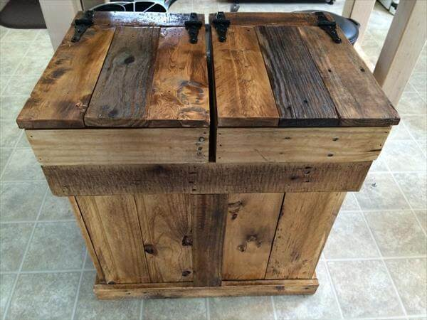 handcrafted pallet trash and recycle bin