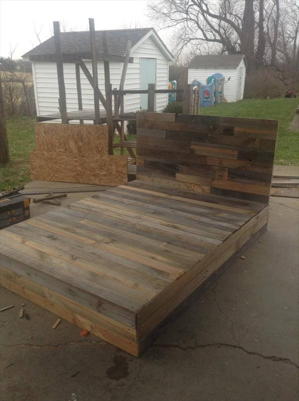 Install the Pallets into Beautiful DIY Bed