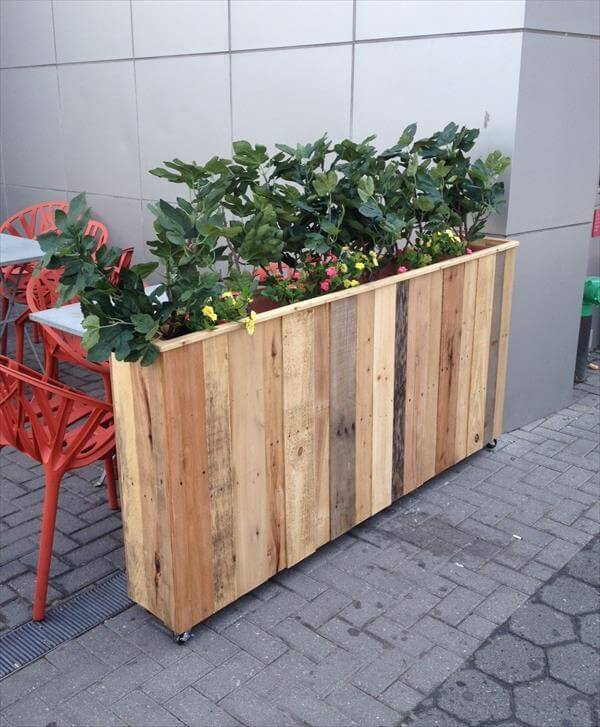 DIY Recycled Pallet Planter Box 101 Pallets