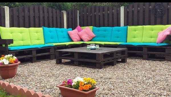 diy pallet patio sitting plan