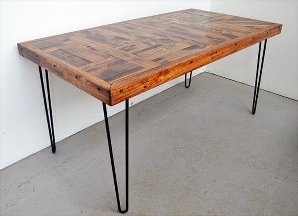 Finish the wooden top with a popular wood stain or make the steel legs  galvanized for weather protection and for amazing look of the table. DIY Pallet Wood Dining Table with Steel Legs   101 Pallets